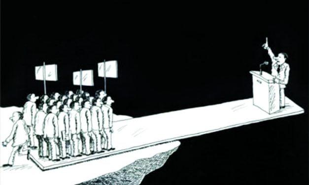 KEMUNAFIKAN DEMOKRASI DAN SEJARAH PANJANG KRIMINALISASI ULAMA