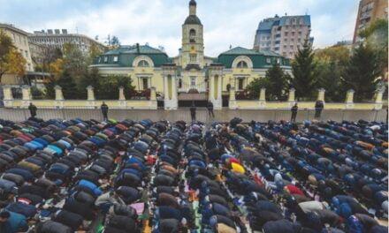 ISLAM MENJAMIN TOLERANSI