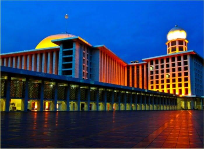 MASJID ISTIQLAL, MASJID KEBANGGAAN UMAT ISLAM DI INDONESIA